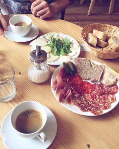 Breakfast at Dano